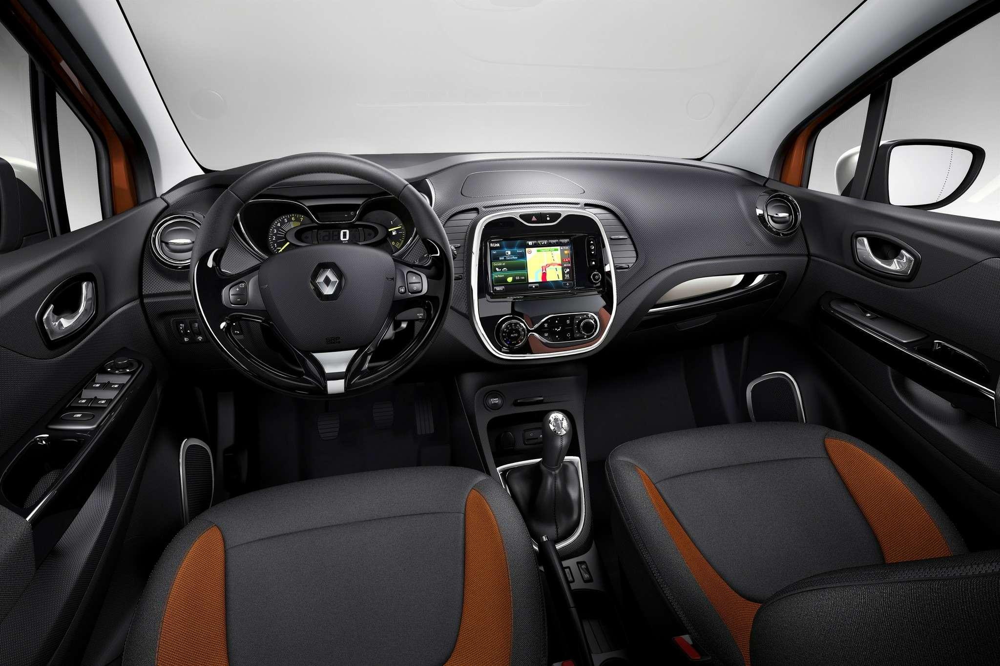 Renault_42130_global_no_copyright (4)