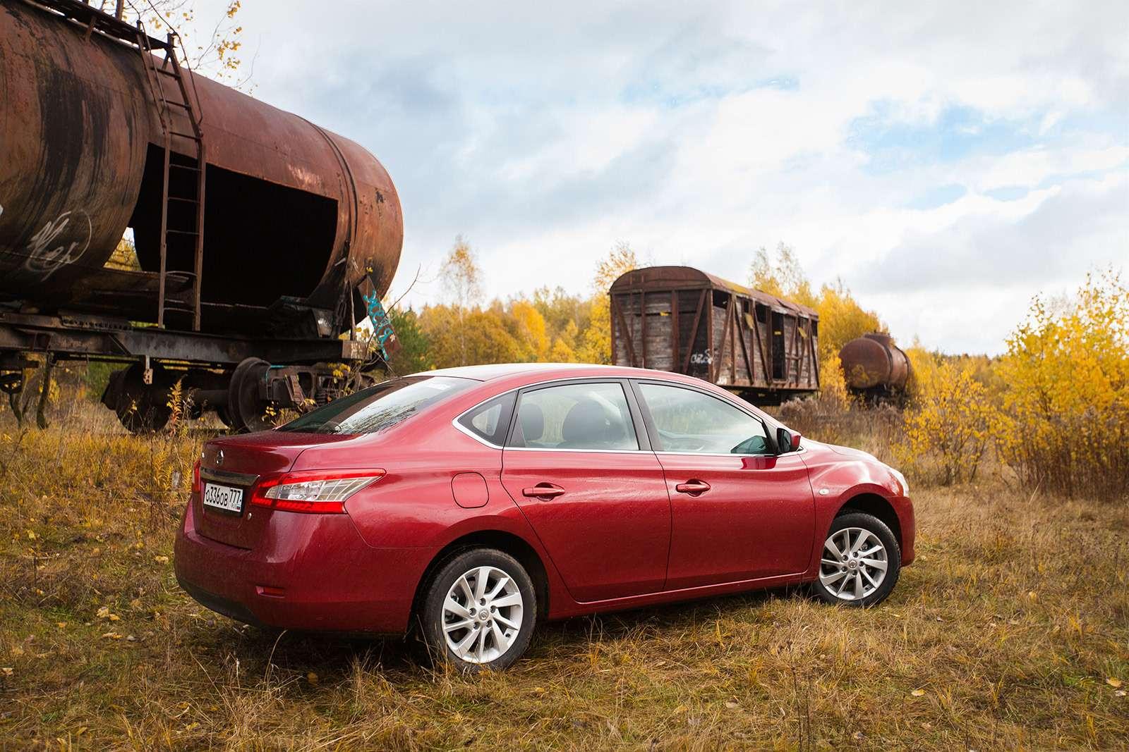 Двемодели Nissan ушли сроссийского рынка. Какие ипочему?— фото 817287