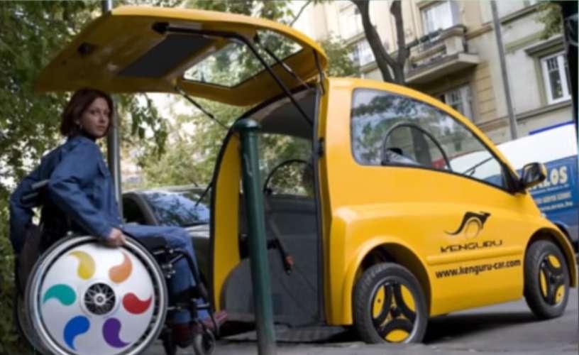 Новый электрокар дляинвалидов: коляска превращается вавтокресло— фото 896368
