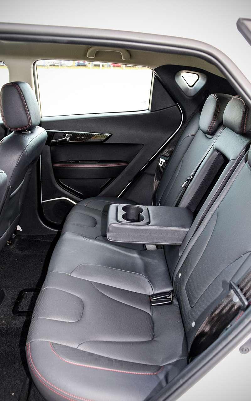 Самый дешевый электромобиль: тест нового китайца— фото 1198925