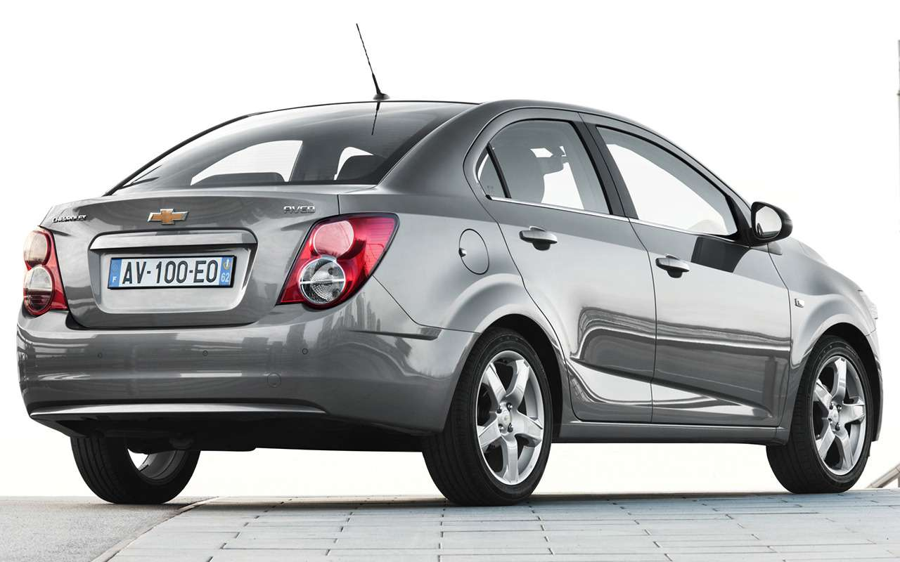 7 автомобилей В-класса, которые вам будет невозможно продать— фото 994212