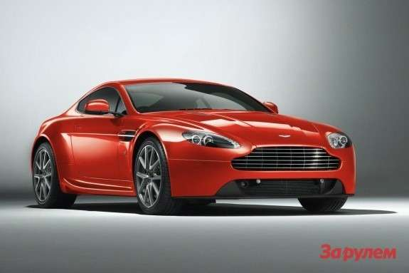 Aston Martin V8Vantage side-front view 2