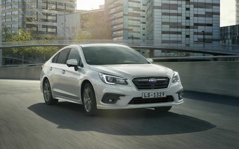 Subaru объявила российские цены наLegacy. Дорого, нокруто