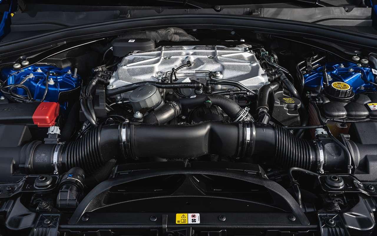 14«фишек» обновленного Jaguar F-Pace— фото 1230366