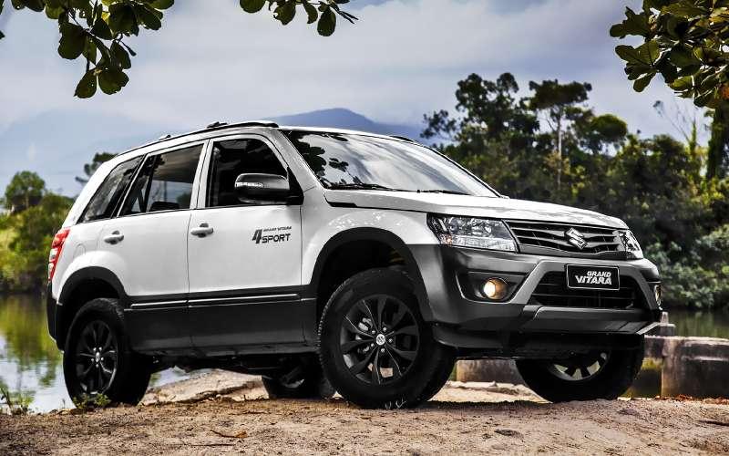 Новый Suzuki Grand Vitara застрял наперепутье