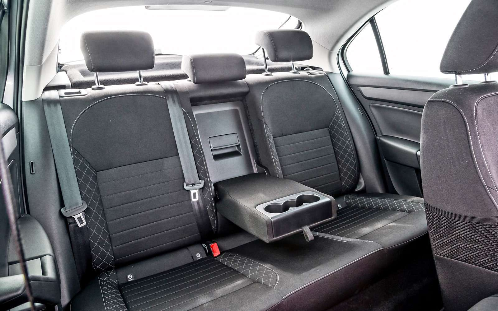 VWPolo GTпротив конкурентов: тест на«Смоленском кольце»— фото 644233