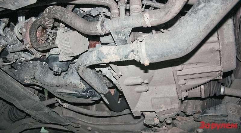 Штатной защиты картера двигателя не предусмотрено— придется подбирать среди изделий сторонних фирм или уповать напоперечину подвески