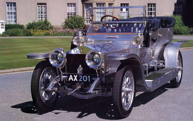 3-1907-rolls-royce-40-50hp-the-silver-ghost_no_copyright