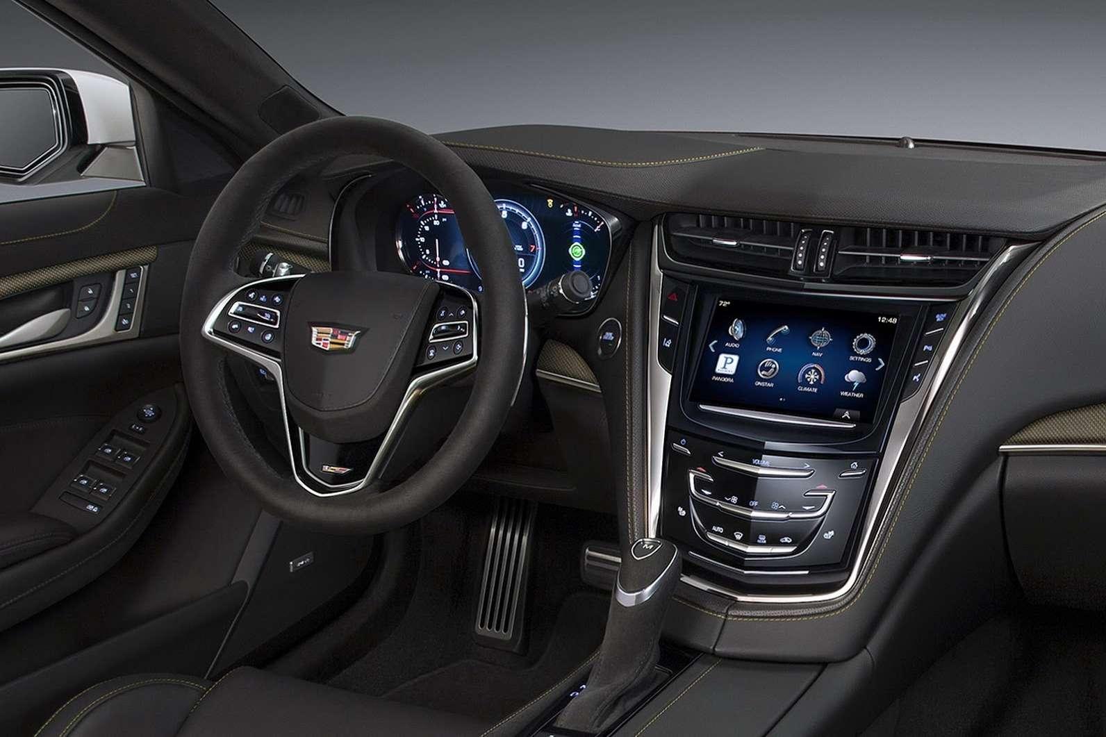 2016-Cadillac-CTS-V-Sedan-17
