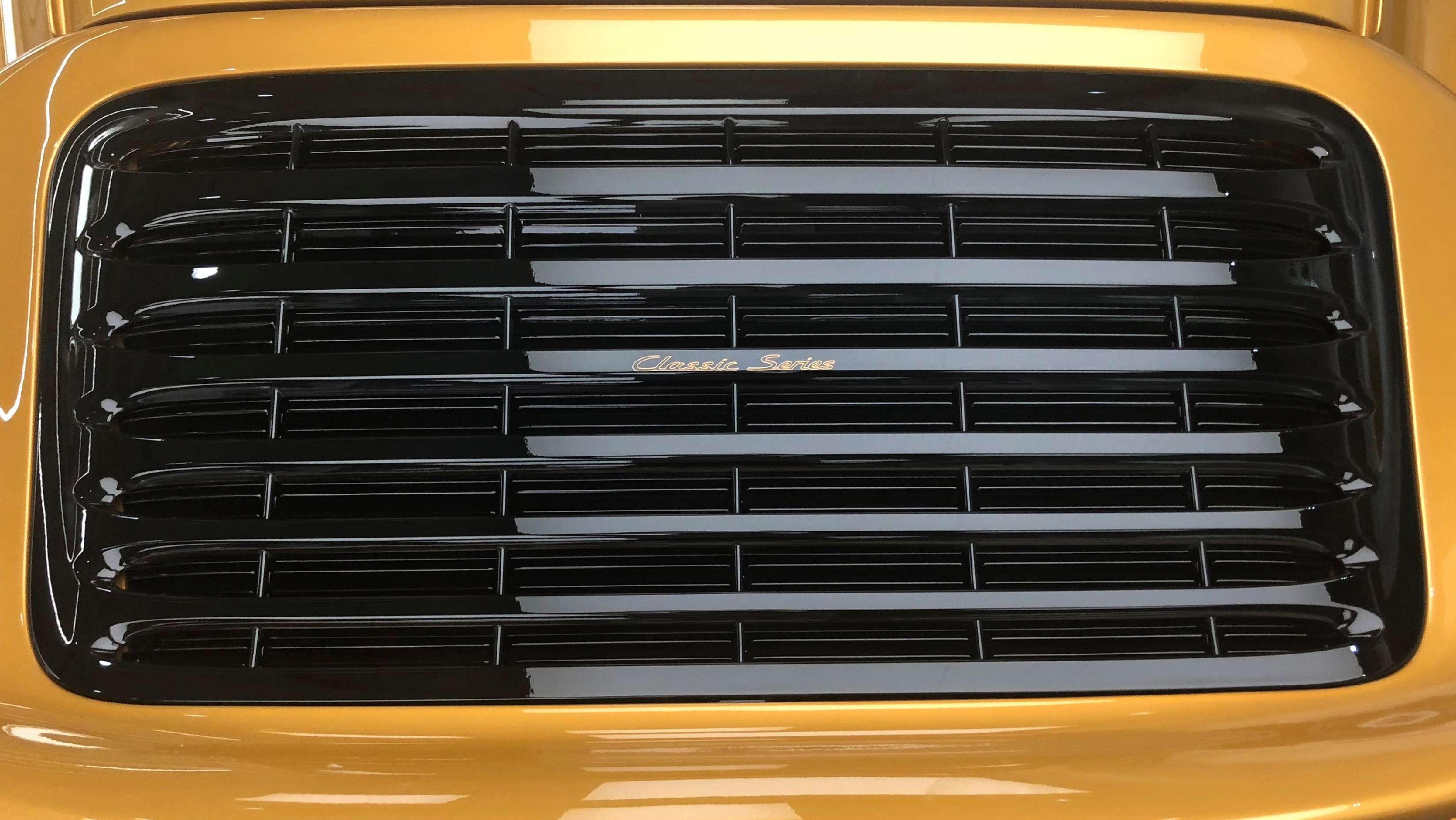 20лет спустя: Porsche выпустила спорткар с«воздушником»— фото 898648