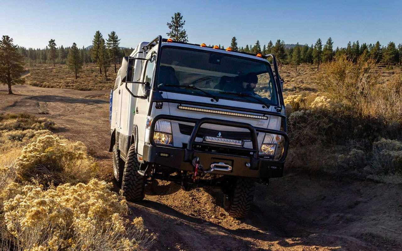 Самые мощные автодома: двигатели V8и 37-дюймовые колеса— фото 1029931