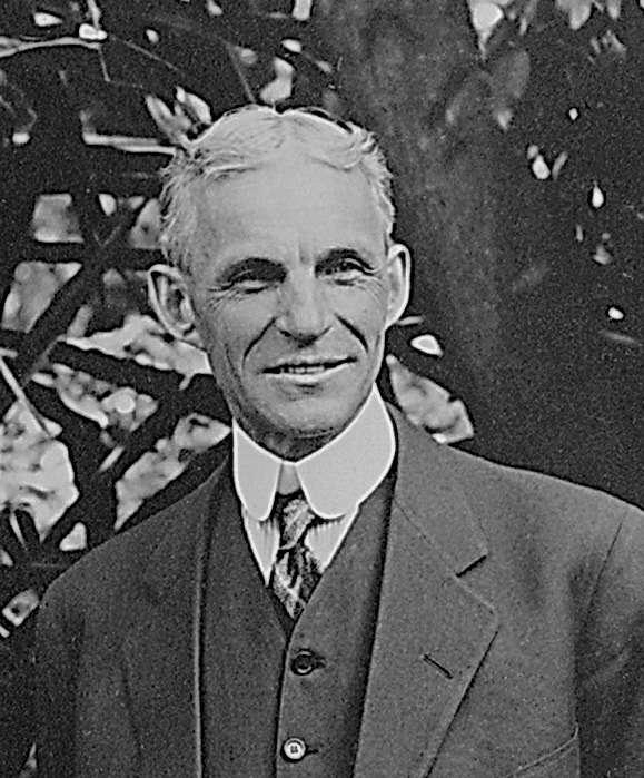 После победы в«патентной войне» сСелденом члены ассоциации ALAN признали Форда идали вего честь банкет. Форд устроил ответный— как умный человек, онне держал обиды насвоих противников