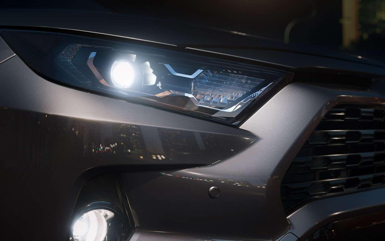 Новая Toyota RAV4: больше никакого унисекса!— фото 857660