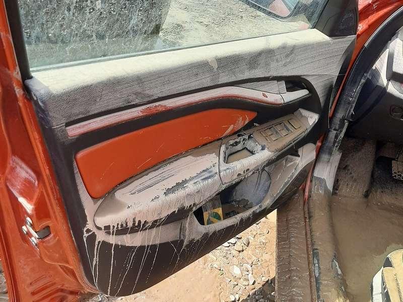 Владелец Весты показал свою машину после потопа в Краснодарском крае