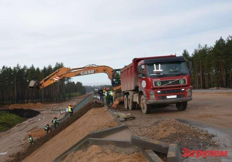 Деньги дляускорения строительства дороги Москва— Питер нашли не вбюджете zr.ru
