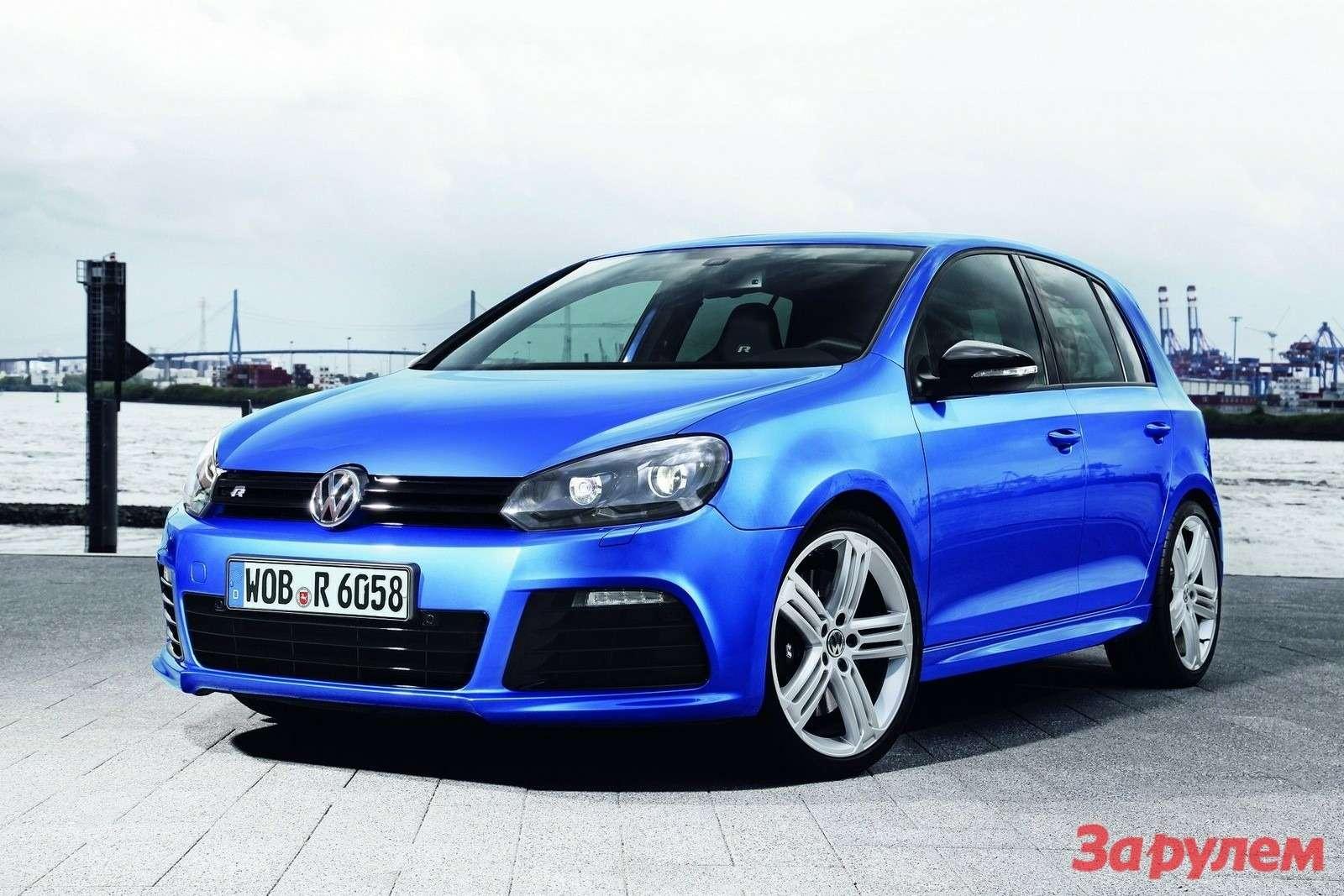 Volkswagen Golf Rside-front view