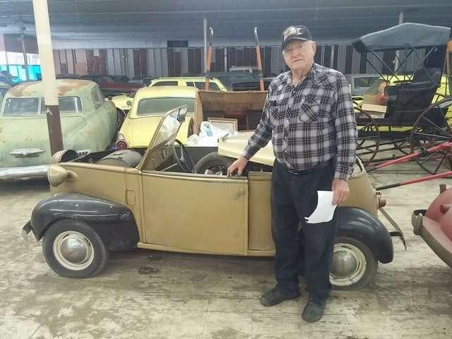 Бывший дальнобойщик решил продать свою коллекцию из700 машин— фото 702189