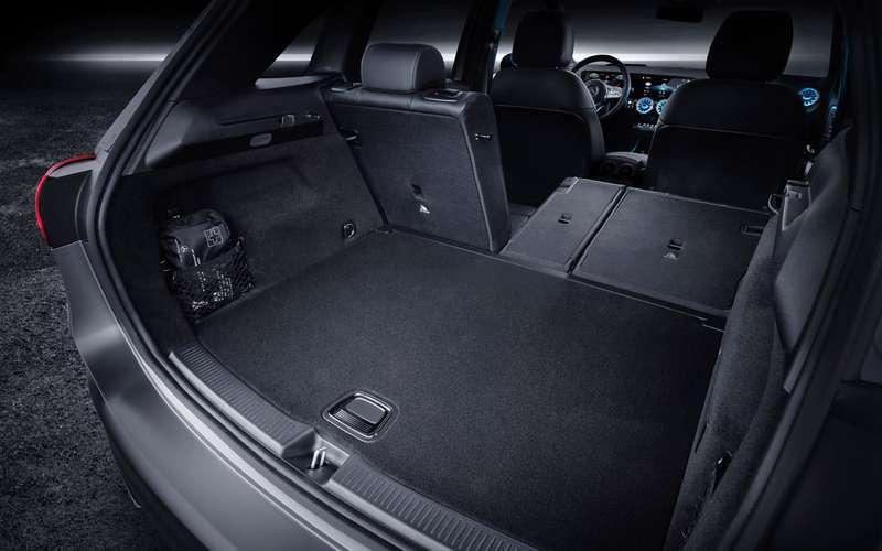 Новый Mercedes-Benz B-класса: онполучил опции отроскошного S-класса