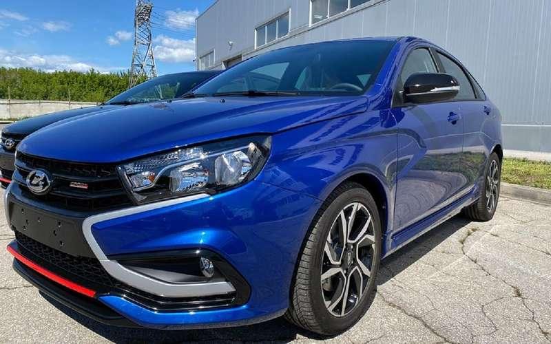 Новые цвета Lada Vesta Sport: «дайвинг» и«маэстро»