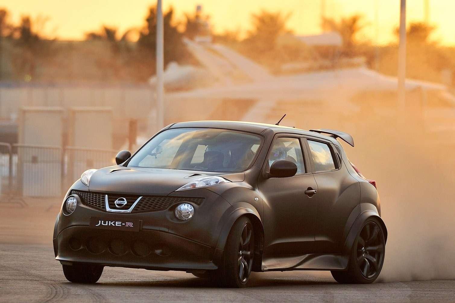 Nissan-Juke-R_Concept_2011_1600x1200_wallpaper_04