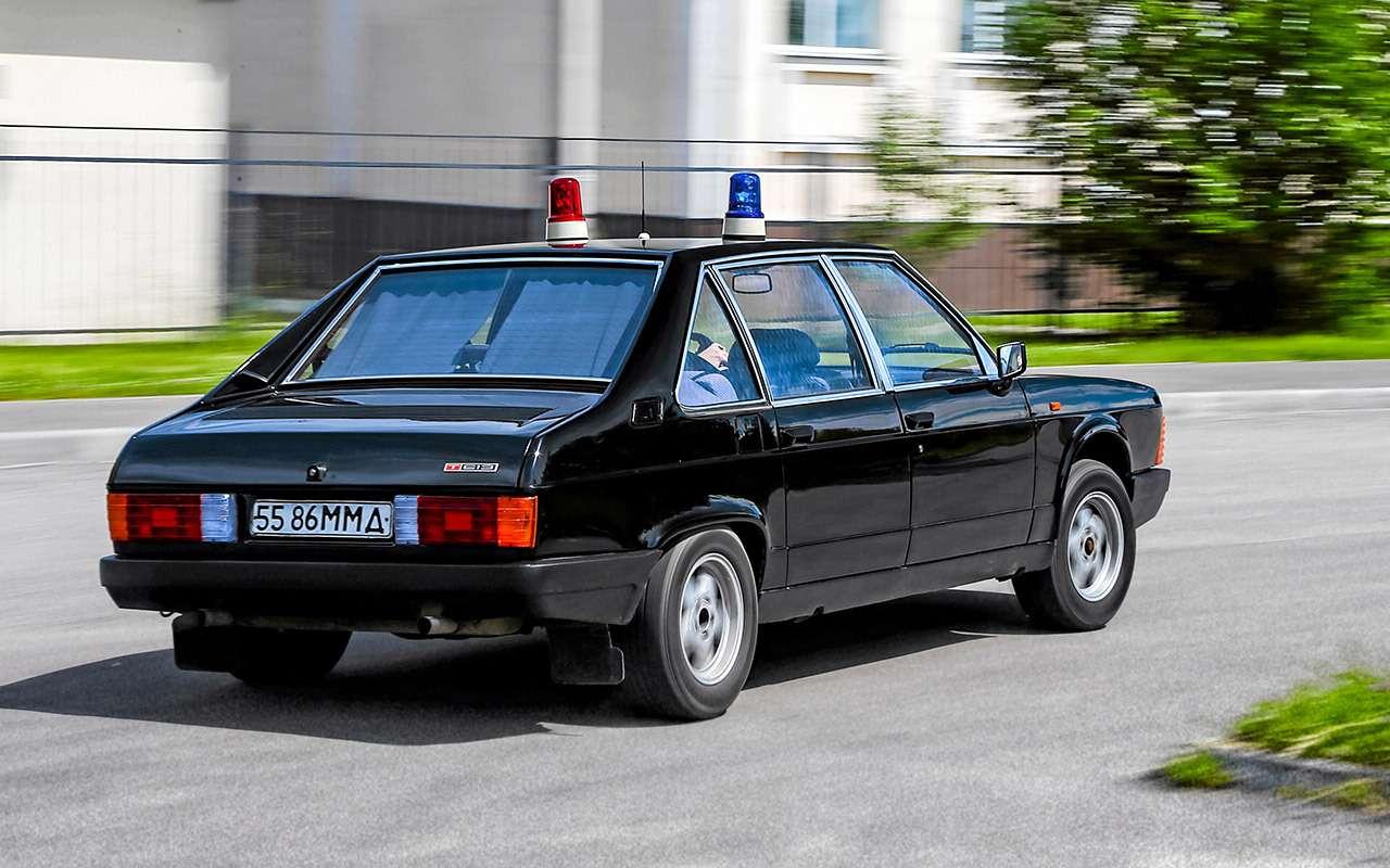 Чешский ставленник КГБ: ретротест редкой Татры— фото 1195840