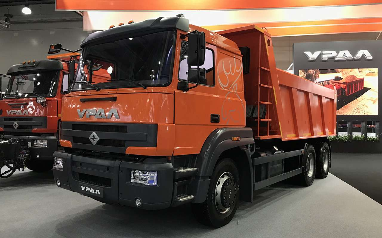 Всетяжелые грузовики наCOMTRANS 2021— фото 1276745