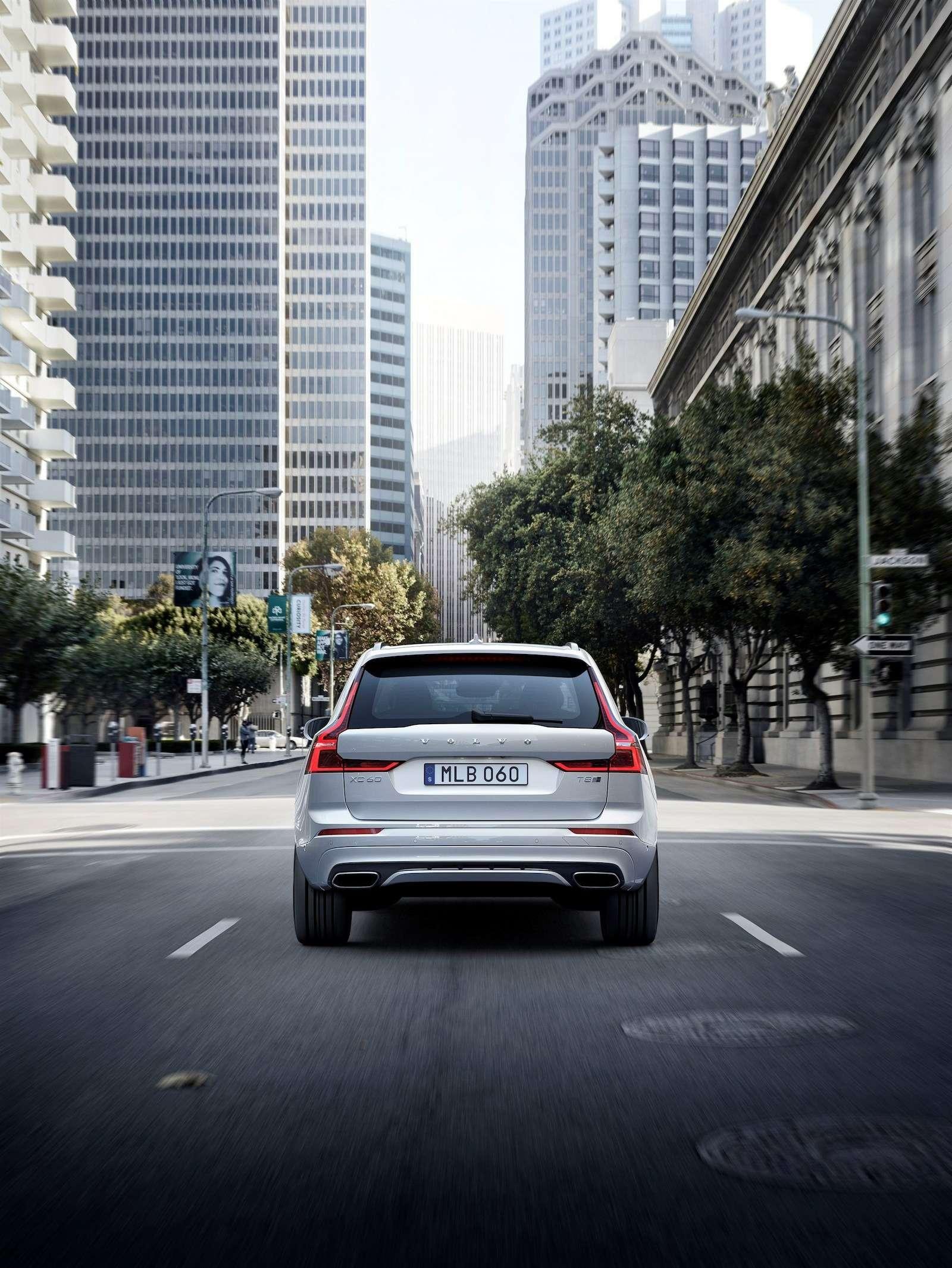Volvo удивила ценником нановый XC60— фото 804971
