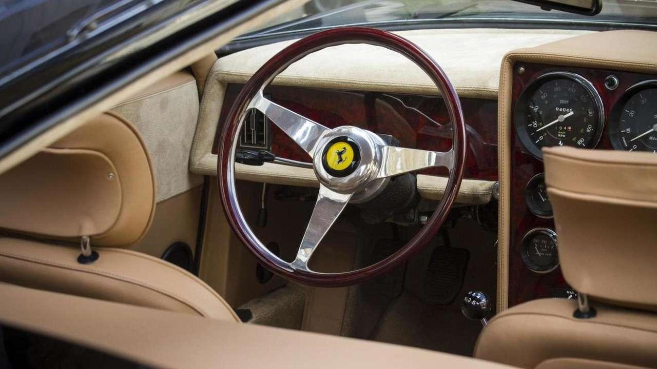 Уникальный «сарай» Ferrari продаст себя замиллион долларов— фото 620481