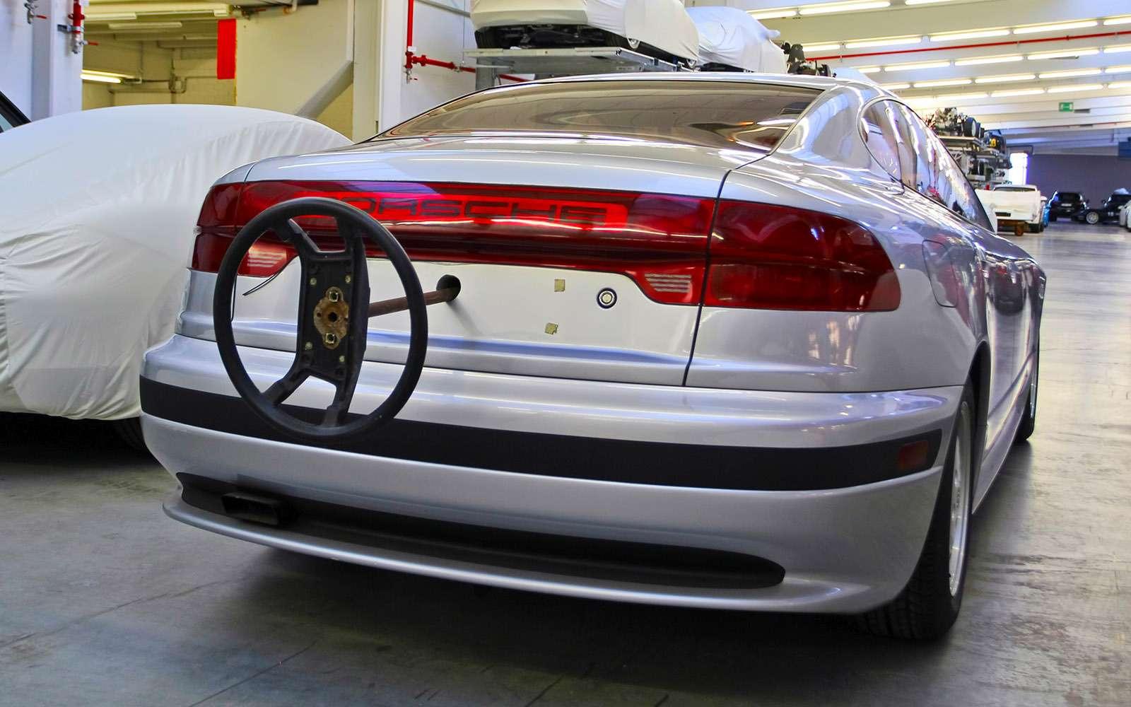 Секретный гараж Porsche: Лада Самара идругие— фото 700182