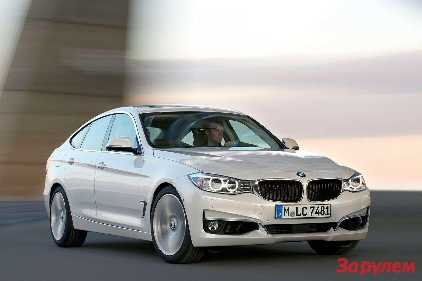BMW-3-Series_Gran_Turismo_2014_1600x1200_wallpaper_05