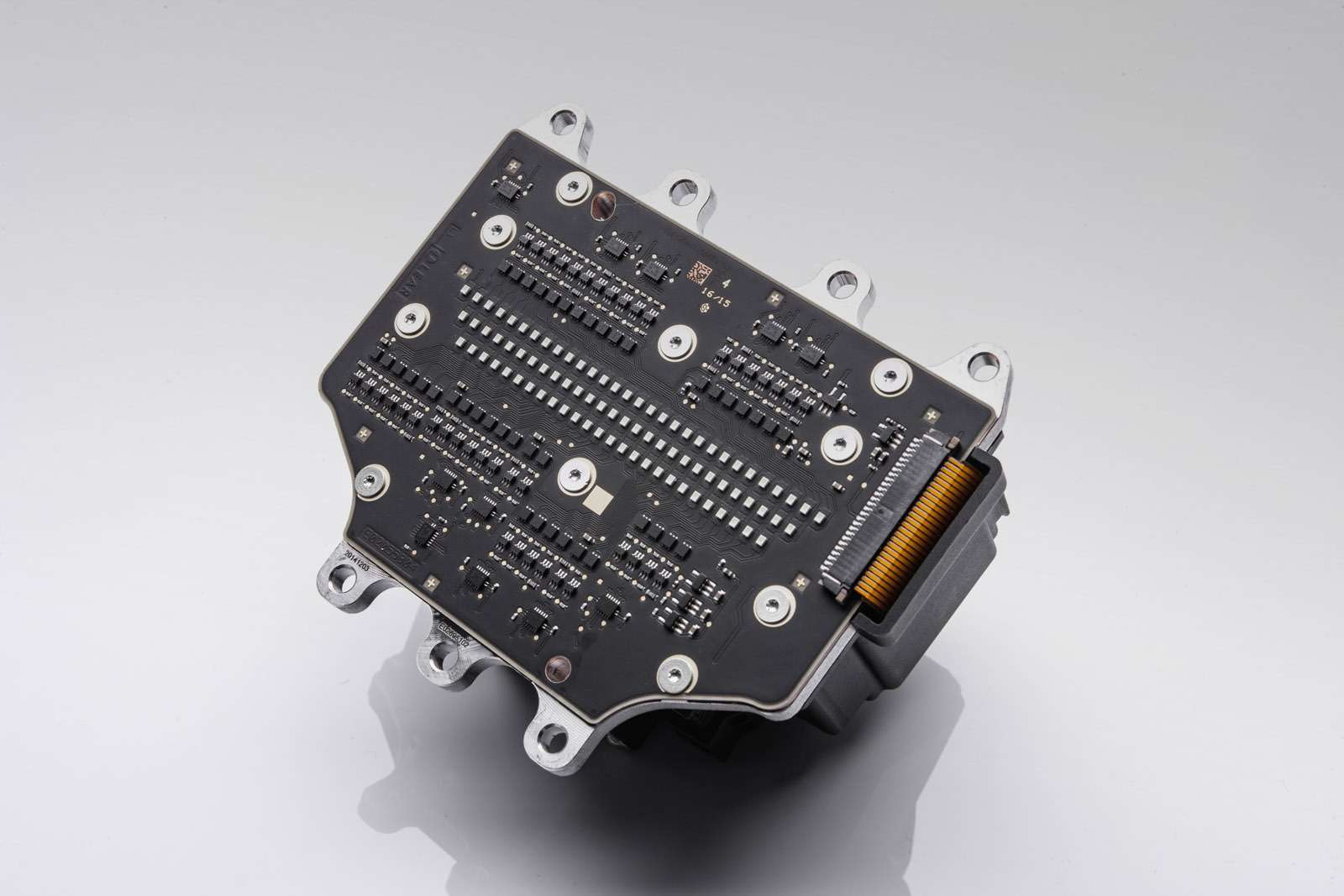 Mercedes-Benz поручит фарам функцию HD-проектора— фото 672555