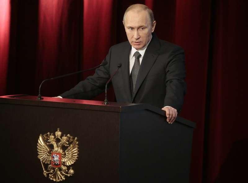 Путин второй раз попенял МВД набезопасность движения