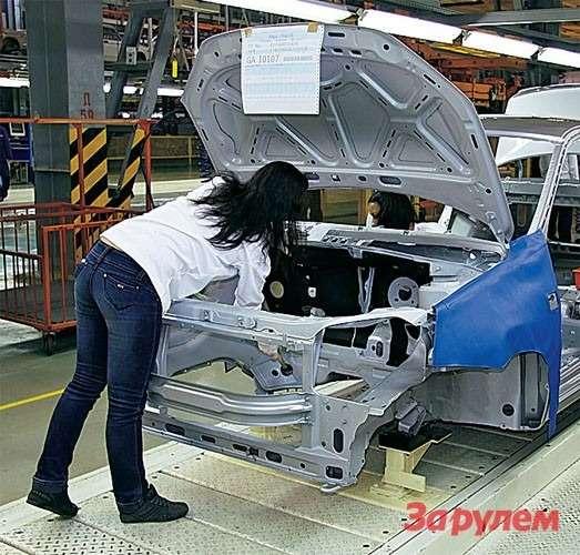 «Лада-Гранта» теперь № 1 по продажам в России. Его собирают в Тольятти и Ижевске.