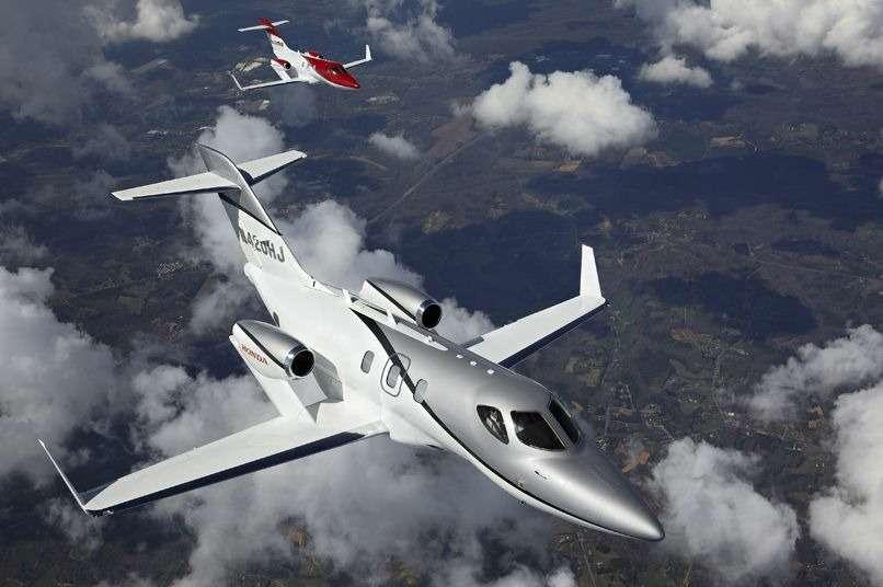 Самолет Honda выполнил первый полет— фото 375309