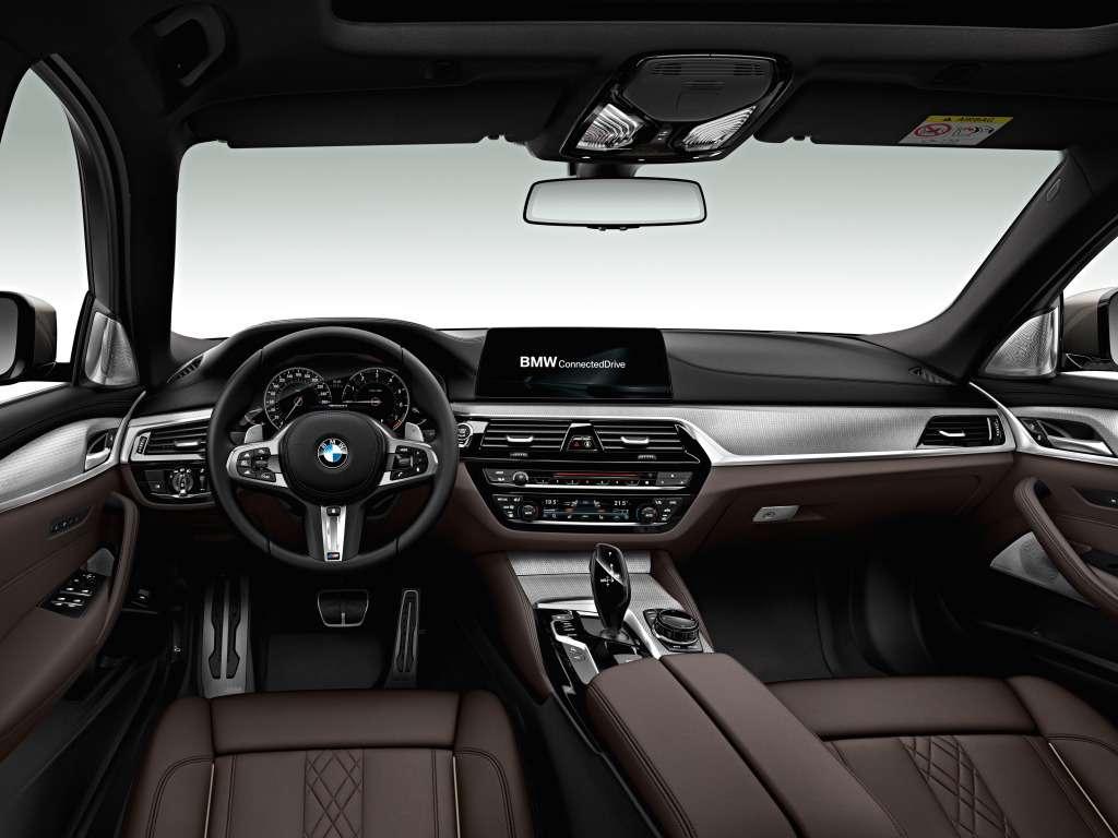 Впервые: BMW представила «пятерку» счетырьмя турбонагнетателями— фото 742711