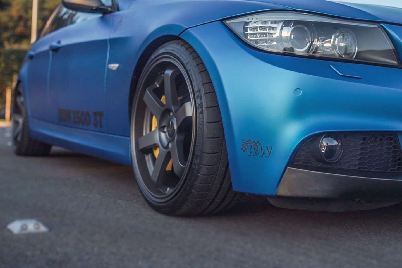 BMWB4