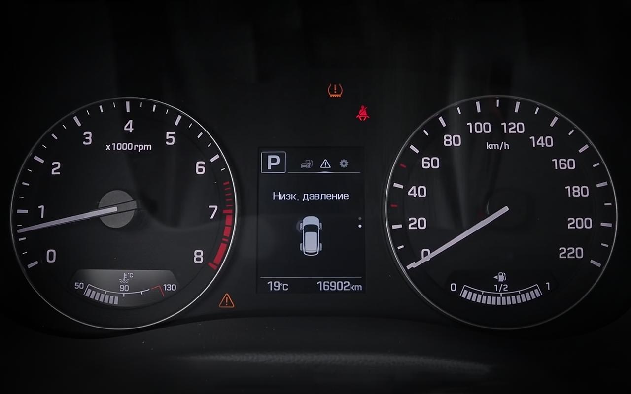 Renault Duster или Hyundai Creta: какой кроссовер подходит именно вам? - фото 1254881
