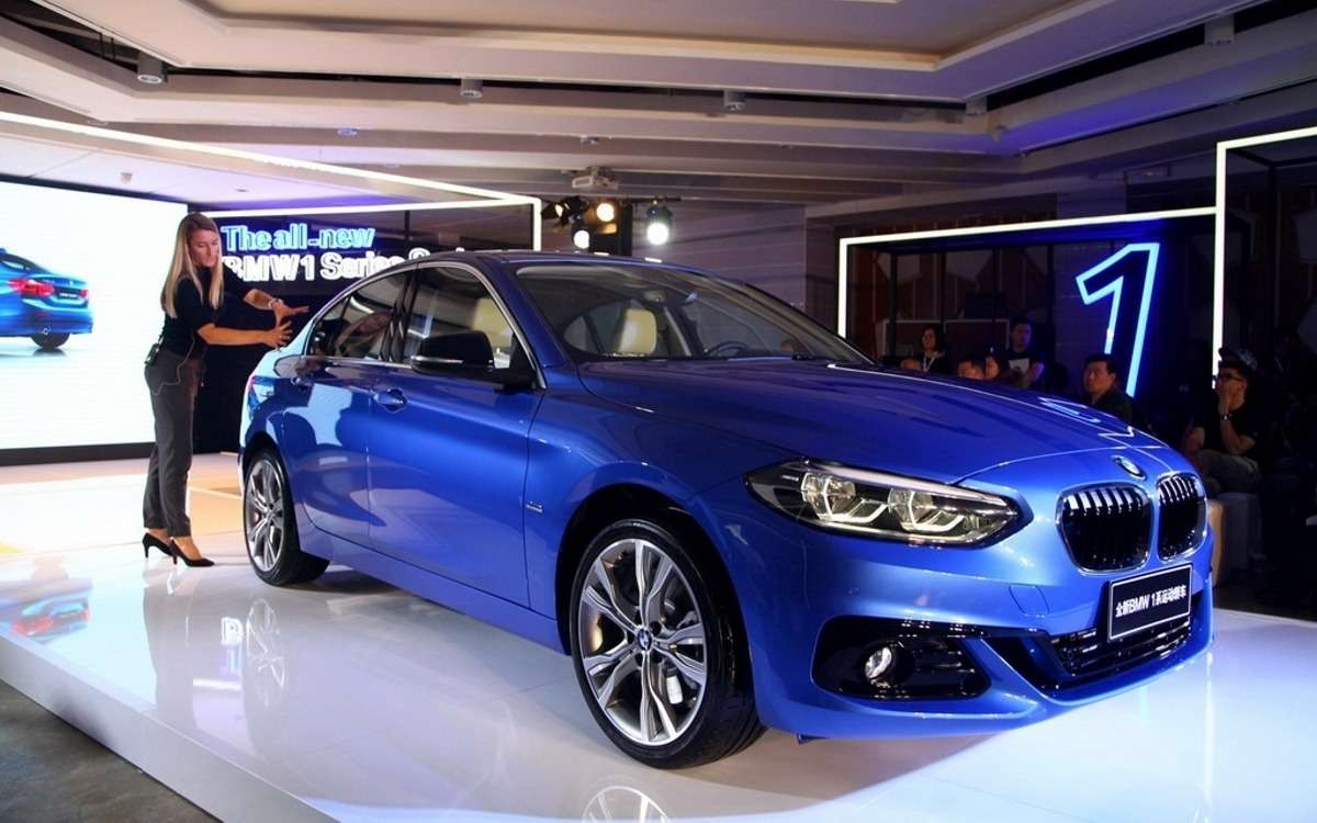 В Гуанчжоу дебютировал переднеприводный седан BMW 1-й серии— фото 665761