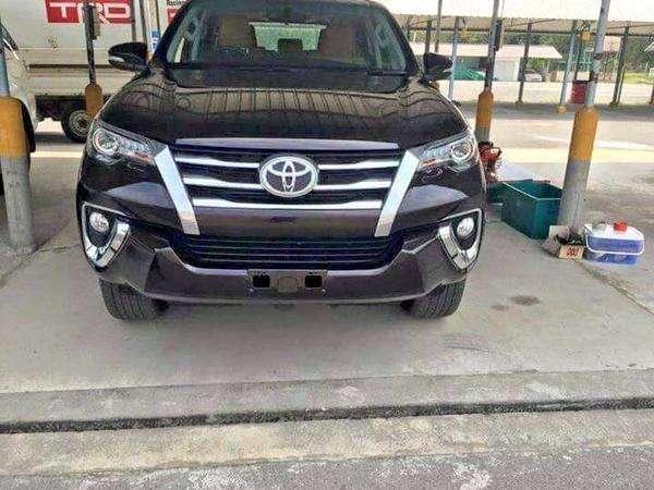 Toyota подготовила обновление внедорожника Fortuner— фото 383081
