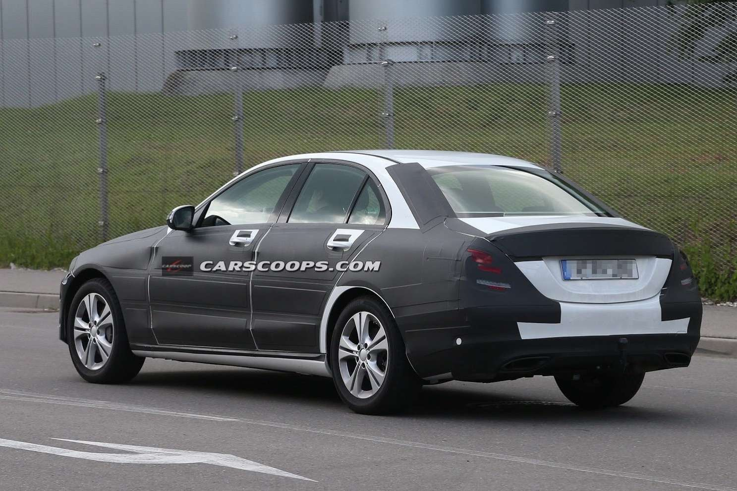 2015 Mercedes C Class Undisguised Carscoops8[3] no copyright