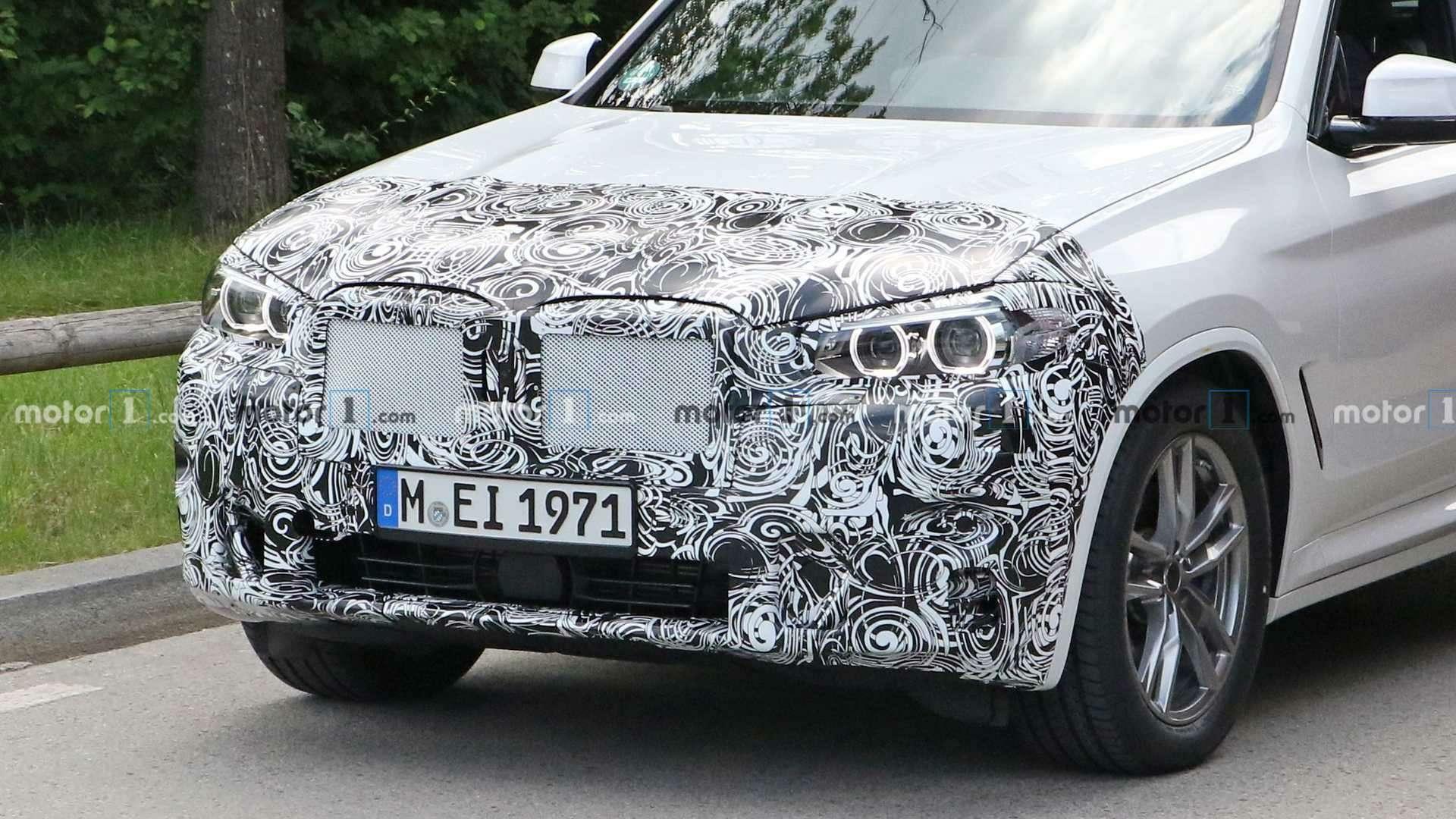 Огромных «ноздрей» небудет: обновленный BMW X3поймали фотошпионы— фото 1155243