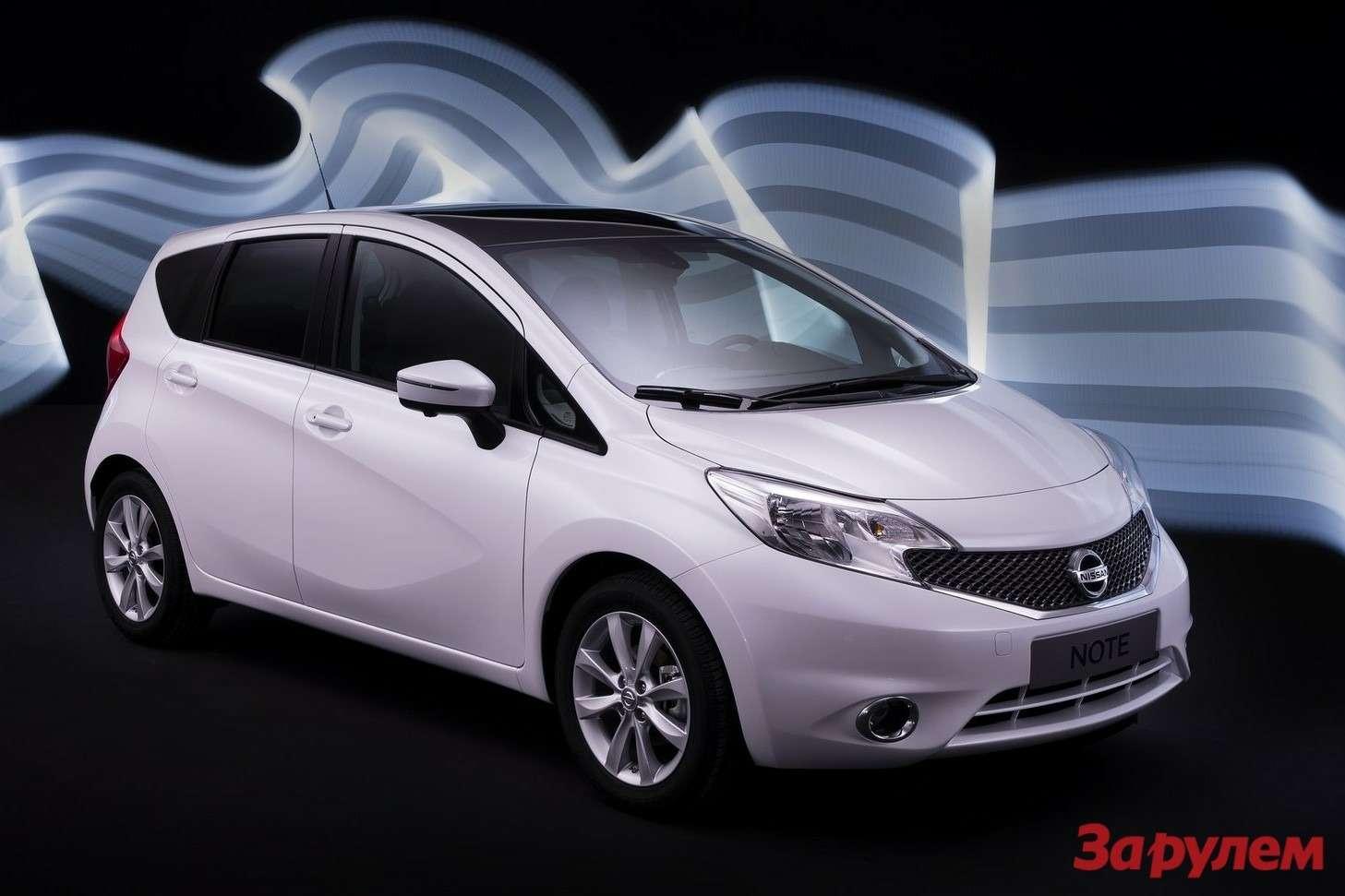 Nissan-Note_2014_1600x1200_wallpaper_02