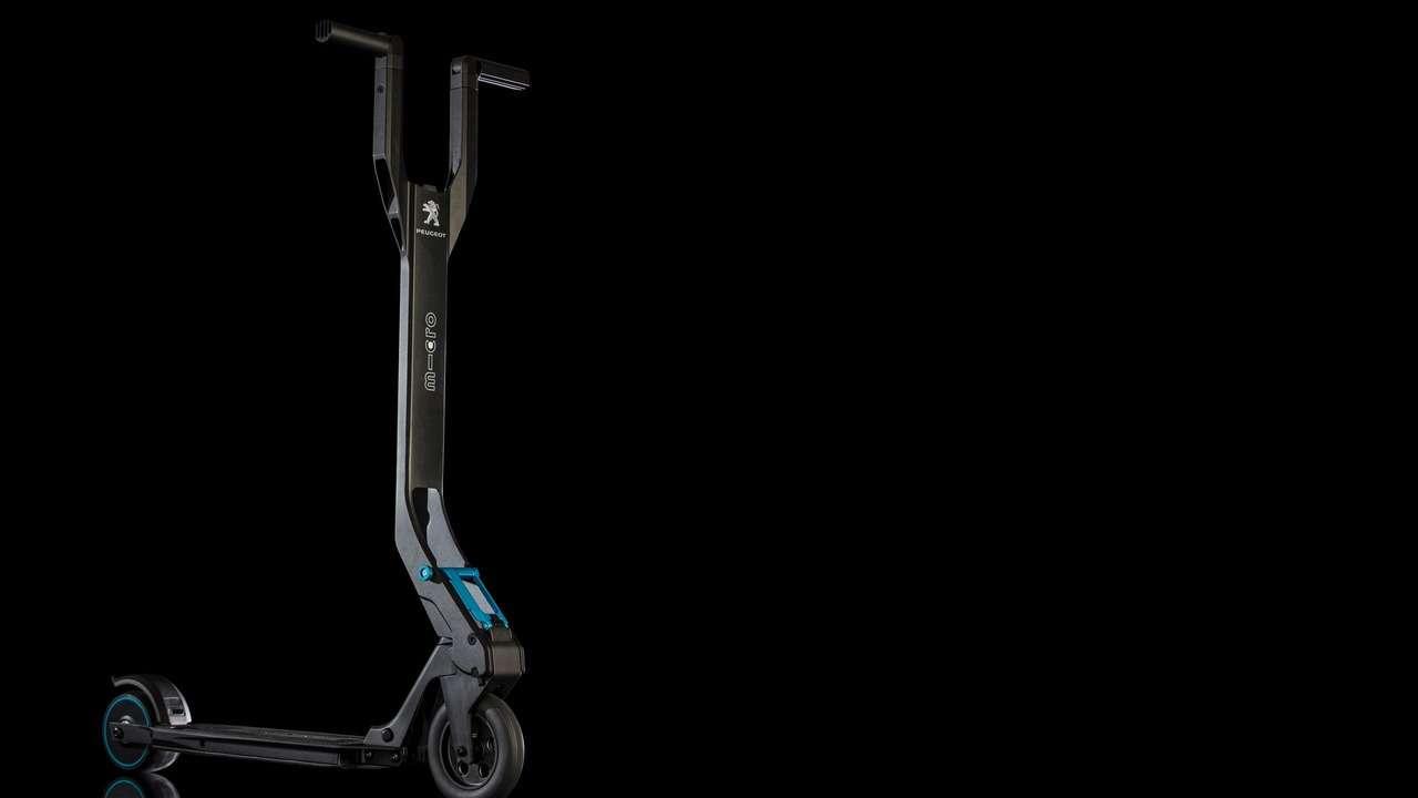 Peugeot дополнит кроссовер 3008 электросамокатом— фото 590919