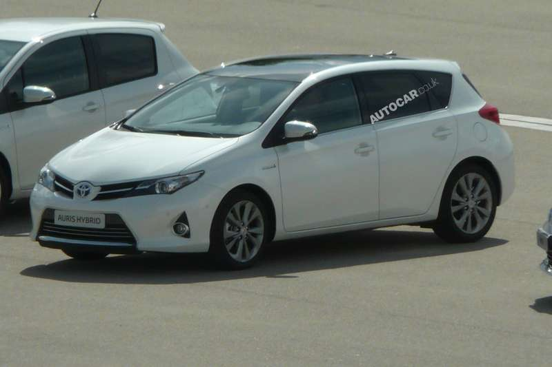 New Toyota Auris Hybrid side-rear view