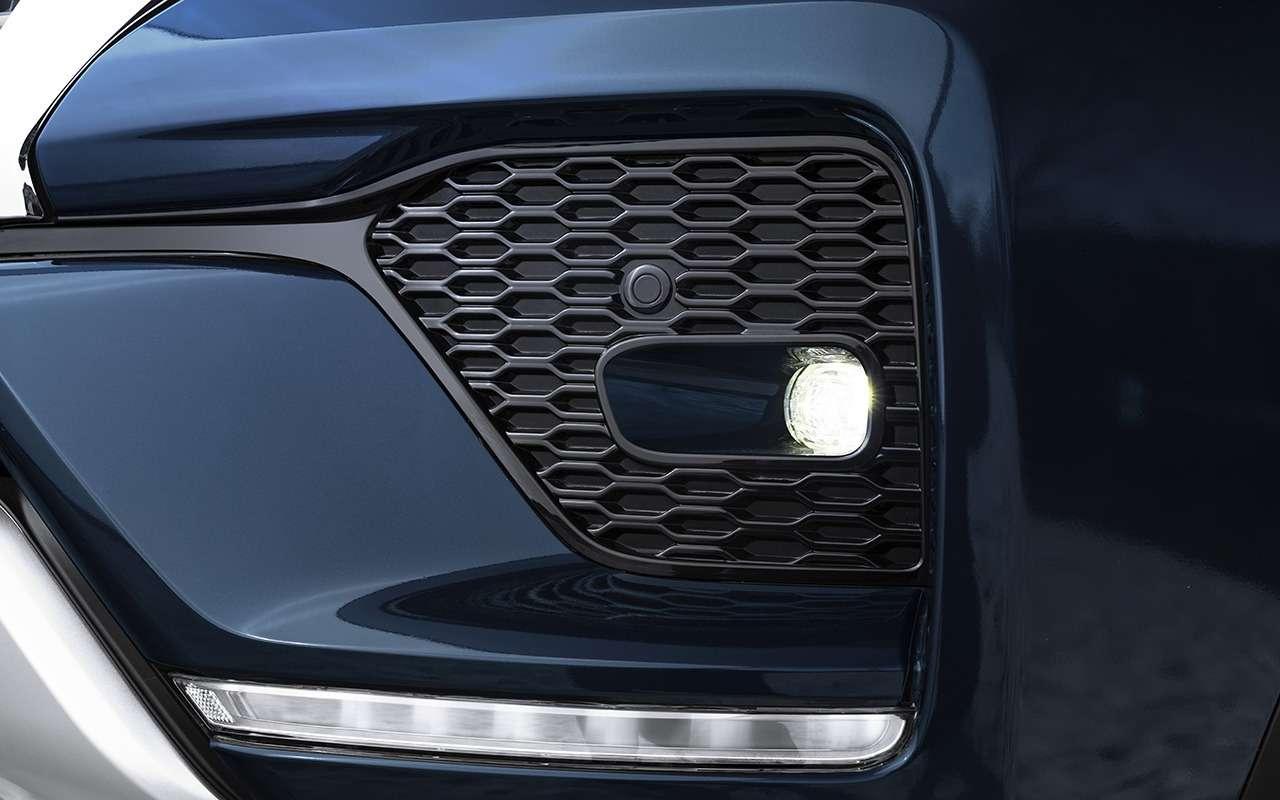 Toyota Fortuner сдизельным мотором: старт продаж— фото 1194202