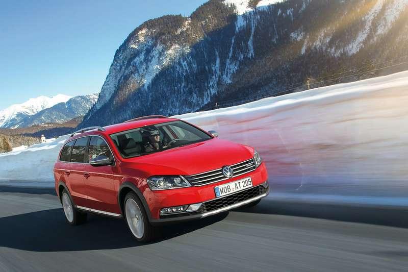 Volkswagen_Passat_Alltrack_1