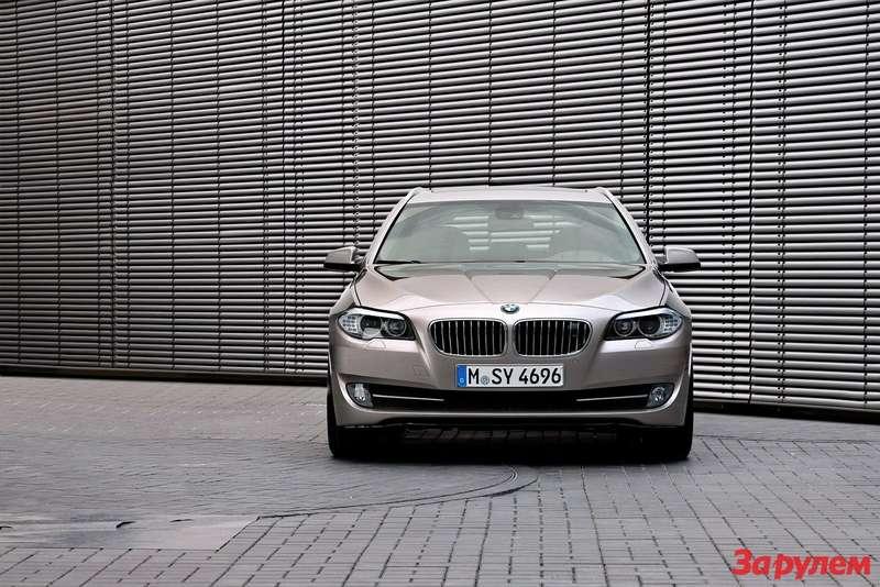2011-BMW-5-Series-Touring2