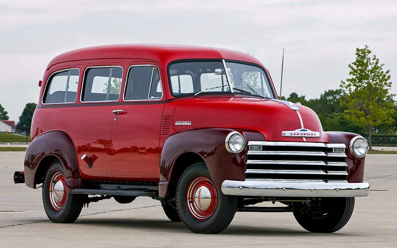 Chevrolet Suburban, 1947-1955
