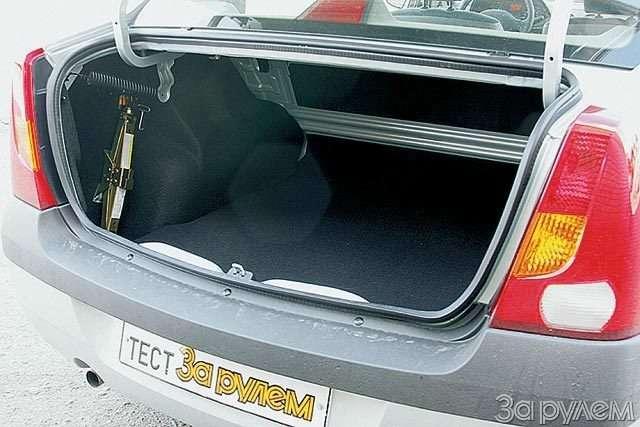 Тест Lada Kalina, Renault Logan, Chevrolet Aveo. Кому наРуси хорошо?— фото 57693