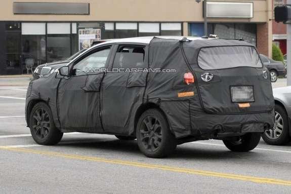 NewAcura MDX test prototype side-rear view